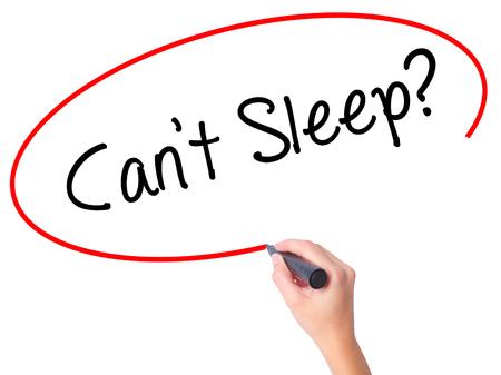 Vrouwen Hand schrijven Cant Sleep? met zwarte stift op visuele scherm. Geïsoleerd op wit. Business, technologie, internet concept. Stock foto