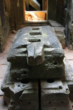 phallic: Altar para el s�mbolo hind� f�lica del poder creativo en la antigua arquitectura jemer, Prasat Praeh Khan