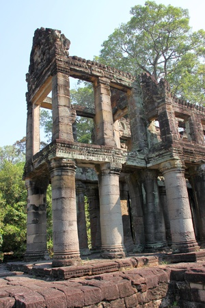 Library Building in ancient Khmer architecture, Prasat Praeh Khan photo