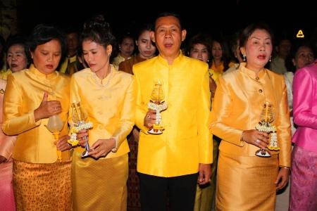 MUANG, MAHASARAKHAM - DECEMBER 5 : Unidentified people are celebrating the king Rama IX birthday on December 5, 2012 at city hall ground, Muang, Mahasarakham, Thailand. Stock Photo - 17118489