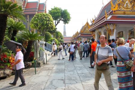 BANGKOK, THAILAND - JANUARY 5 : Unidentified people are traveling to Wat Phra Kaew on January 5, 2013 at Grand Palace, Bangkok, Thailand.