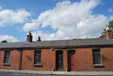 castles needle: houses in dublin, ireland