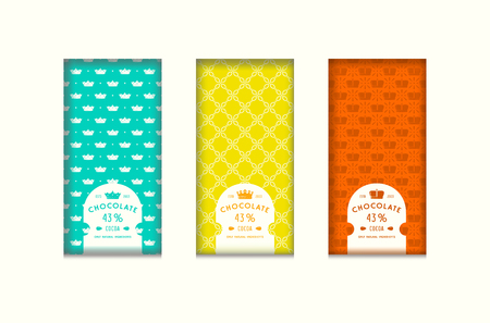 Set of seamless pattern and labels for chocolate packaging. Bright color background. Vettoriali