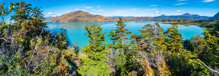 Panoramic view of Torres del Paine National Park, its forests, lagoon and glaciers at Autumn, Patagonia, Chile Banque d'images - 119148723