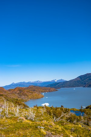View of Torres del Paine National Park, its forests, lagoon and glaciers at Autumn, Patagonia, Chile Banque d'images - 119148700