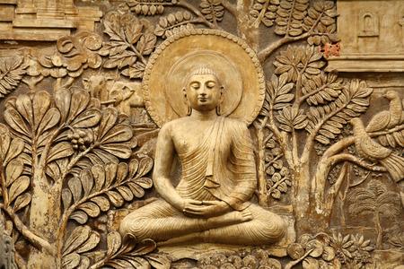木彫りの仏像 写真素材