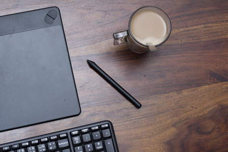 stylus pen: graphic tablet with stylus pen