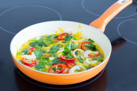 egg omelet on pan Standard-Bild