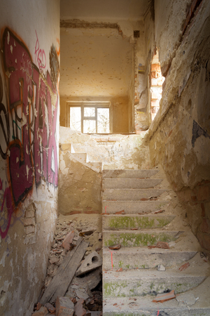 stairs in abandoned house Standard-Bild