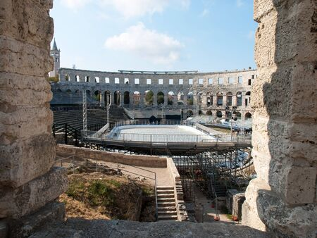 ice hockey in colosseum in Pula