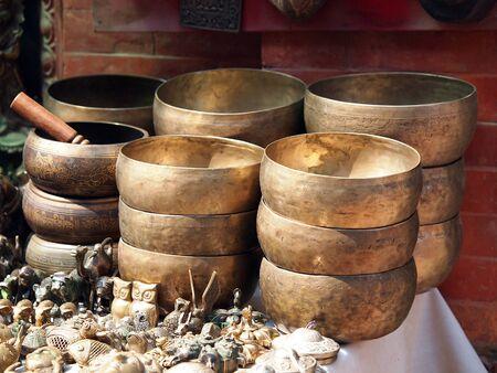 Klankschalen Kop van het leven - populair massaproduct souvenir in Nepal, Tibet en India