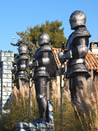 swordsman: statue of Knight Swordsman in Full Armour       Stock Photo