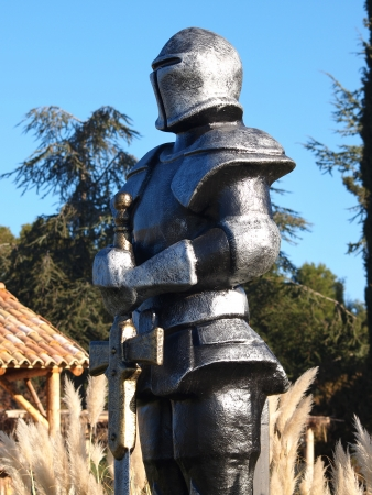swordsman: statue of  Knight Swordsman in Full Armour
