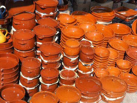 spanish ethnicity: Sale of ceramic, typical of Morocco and Spain