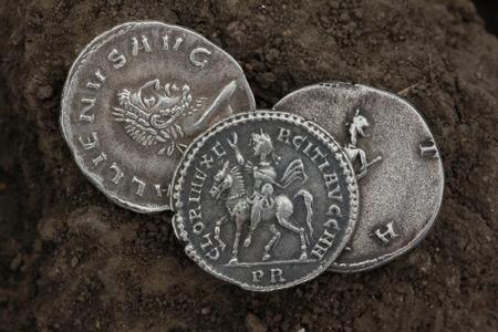 roman denarius, silver currency Imagens