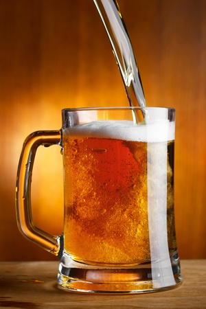 pouring beer photo