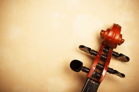 cello: violino dettaglio vecchia carta con copia-spazio