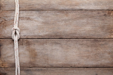 로프 암초 매듭, 상위 뷰와 풍 나무 테이블 배경