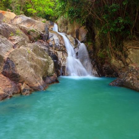na: Waterfall with pool in tropical jungle, Na Muang, Koh Samui