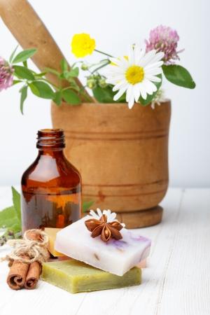 화장품: 허브와 천연 다른 수제 비누