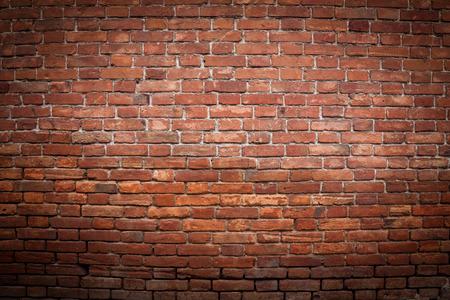 pared rota: Antiguo grunge pared de ladrillo rojo de textura