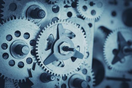 gears: Engranajes y ruedas dentadas de primer plano, en tonos azules