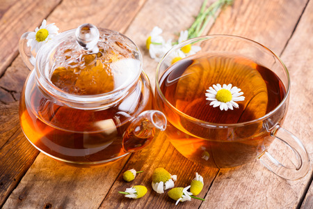 chamomile tea: Herbal tea