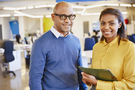 successfulness: Portrait smiling business people in office