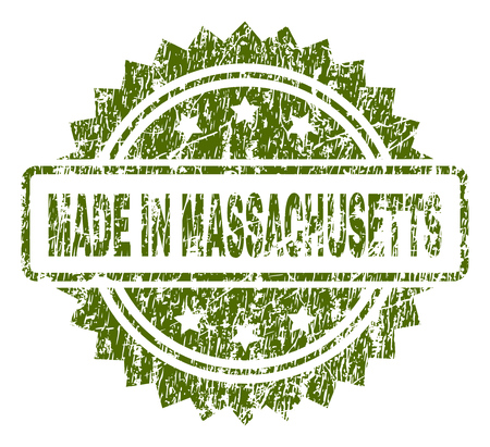 MADE IN MASSACHUSETTS stamp seal watermark with dirty style. Green vector rubber print of MADE IN MASSACHUSETTS title with dirty texture.
