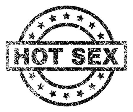 Filigrane de sceau de timbre HOT SEX avec style de détresse. Conçu avec un rectangle, des cercles et des étoiles. Impression en caoutchouc de vecteur noir de l'étiquette HOT SEX avec une texture rayée.