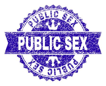 PUBLIC SEX-Rosette-Stempel-Siegel-Aufdruck mit Grunge-Textur. Entworfen mit runder Rosette, Band und kleinen Kronen. Blauer Vektorgummidruck von PUBLIC SEX-Text mit korrodierter Textur.