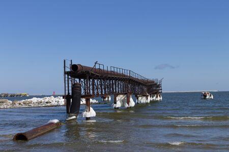 suction: Suction dredge harbor