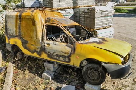 car theft: Left to burned car after theft - gdansk, Poland