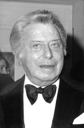 Londra - 20 aprile 1989 - Sir Bernard Delfont, impresario teatrale britannico, partecipa a un evento di celebrit�.