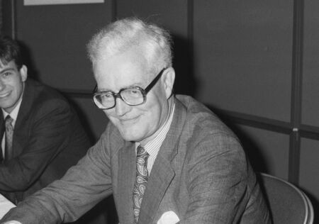 foreign secretary: Blackpool, England - October 10, 1989 - Douglas Hurd, British Foreign Secretary, visits the Conservative Party conference. Editorial