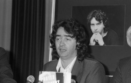 poronienie: Londyn - 11 czerwca 1990 - Gerry Conlon, jeden z czterech Guildford błędnie skazany bombowe pub w Guildford, posiada konferencji prasowej.