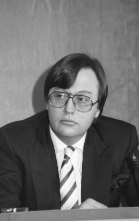 putney: London, England - March 16, 1992 - David Mellor, National Heritage Secretary, holds a press conference.