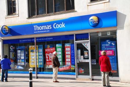 Hastings, Inghilterra - 9 marzo, 2009 - esterno di una succursale di agente di viaggio Thomas Cook a Hastings, East Sussex. Editoriali
