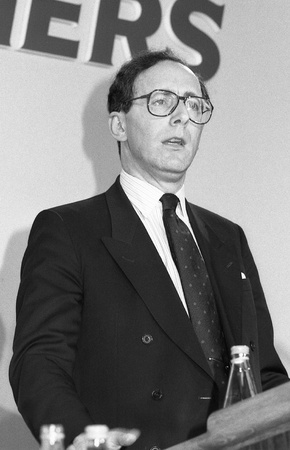 London, England - June 27, 1991 - Rt.Hon. Malcolm Rifkind, Secretary of State for Transport and Conservative party Member of Parliament for Edinburgh Pentlands, speaks at a conference. Stock Photo - 9501064