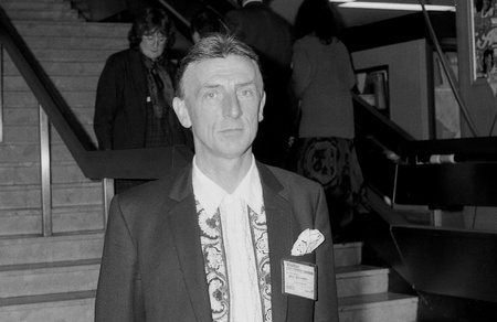 richard: Brighton, England - October 1, 1991 - Eric Richard, British stage and television actor, visits the Labour party conference.