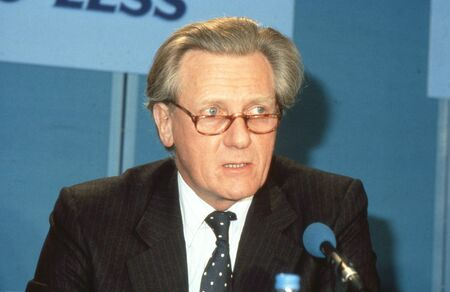 minister: London, England - April 10, 1991 - Rt.Hon. Michael Heseltine, Secretary of State for the Environment, speaks at a Conservative party press conference. In 1995 he became Deputy Prime Minister of Britain.