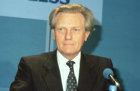minister: London, England - April 10, 1991 - Rt.Hon. Michael Heseltine, Secretary of State for the Environment, attends a Conservative party press conference. In 1995 he became Deputy Prime Minister of Britain. Editorial