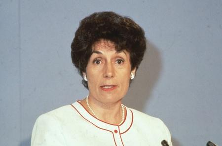 shephard: Londra, Inghilterra - 27 giugno 1991 - Gillian Shephard, Vice Presidente del partito conservatore e membro del Parlamento per Norfolk Sud Ovest, partecipa a una conferenza del partito.