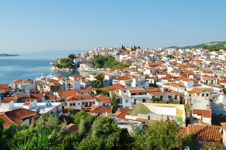 mamma: Skiathos, Greece - September 28, 2012 - Looking down over Skiathos Town and harbour on the Greek island of Skiathos. The island was the location for several scenes in the 2008 film Mamma Mia.