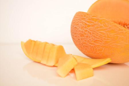 Melon, sliced