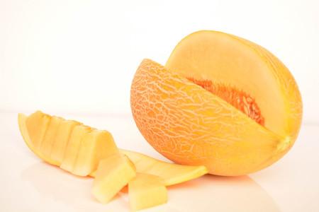 Cantaloupe: Melon, sliced