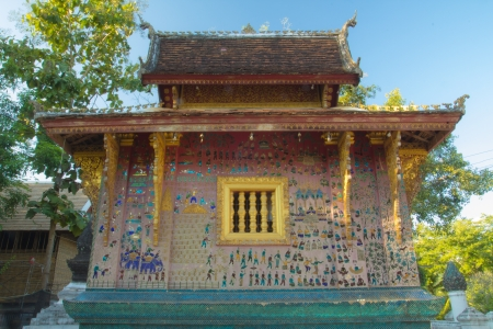 The mosaic on the church of wat xieng thong