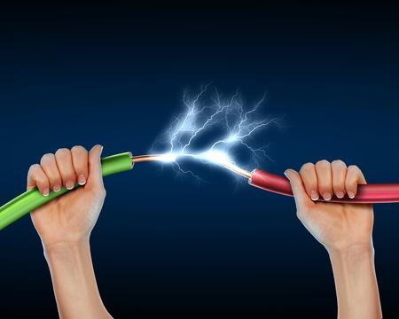 enchufe: El cable el�ctrico con sparkls electricidad como s�mbolo de poder Foto de archivo