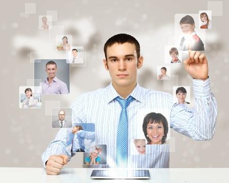 conexiones: Collage con una persona de negocios contra el fondo de tecnolog�a