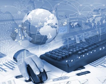 touchscreen: Globo azul en el fondo de la tecnolog�a digital